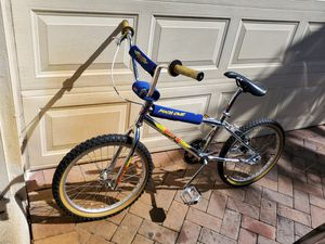 GT MACH ONE 1 BMX VINTAGE Bike for Sale in Deerfield Beach, FL