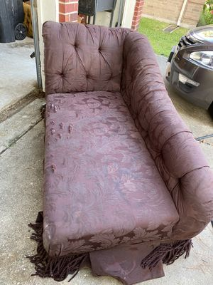 Free furniture-FREE Maroon Chaise Lounge (In Katy-no delivery) for Sale in Katy, TX