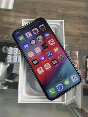 IPhone X 256gb unlocked black for Sale in Seattle, WA