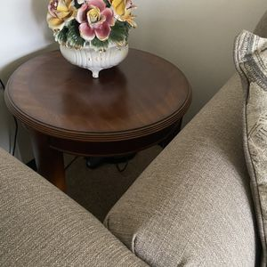 End Table for Sale in Potomac, MD