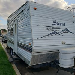 2004 Forest River Toy Hauler for Sale in Bakersfield,  CA