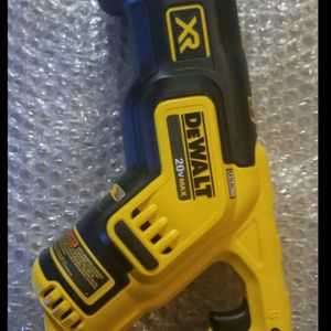 Brand new never used DEWALT 20-Volt MAX XR Lithium-Ion Cordless Brushless Compact Reciprocating Saw (Tool-Only) $$ 115 firm for Sale in Bakersfield, CA