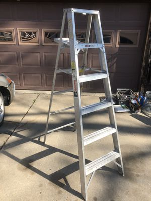 Almost new 6 foot aluminum step ladder for Sale in Sugar Creek, MO