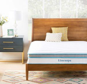 New in box 10 inch queen size memory foam hybrid mattress for Sale in Columbus, OH