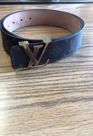 Real Louis Vuitton belt for Sale in Olivette, MO