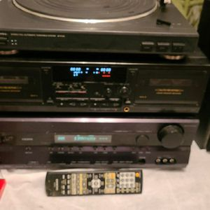 ONKYO SONY AUDIO TECTNICES SYSTEM W/ REMOTE CONTROLS for Sale in Bakersfield, CA