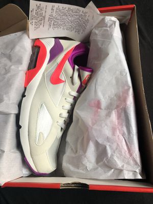 Nike Air Max 180 QS size 11 ( new) for Sale in Lynwood, CA