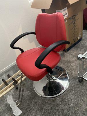 Salon chair (pending pick up) for Sale in Glendale, AZ