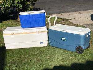 ice cooler yelera 20 up FIRM PRICE NO DELIVERY CASH OR TRADE FOR BABY FORMULA for Sale in Los Angeles, CA