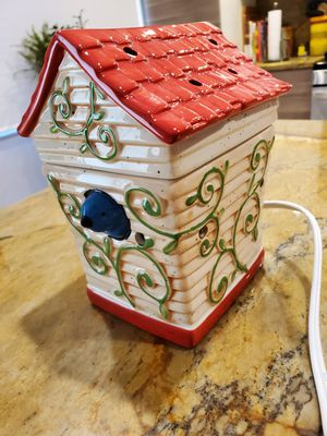 Scentsy Birdhouse Warmer for Sale in Bloomingdale, IL