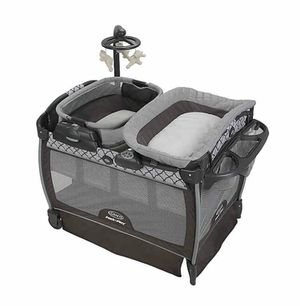 Graco Pack and Play - Nearby Napper Playard for Sale in Pembroke Pines, FL