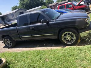 2003 chevy silverado for Sale in Fort Worth, TX