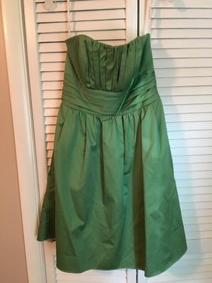 David's Bridal Green Bridesmaid/Prom dress for Sale in Woodbine, MD