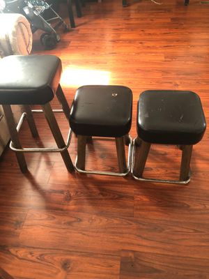 3 stools for Sale in Katy, TX