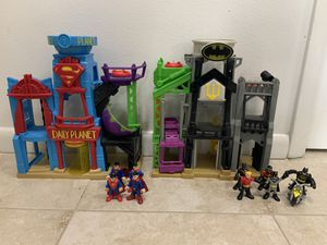 Superman & Batman headquarters with 9 characters for Sale in Miramar, FL