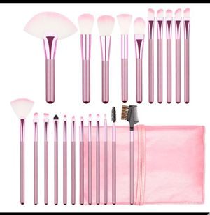 22pcs makeup brushes for Sale in Los Angeles, CA