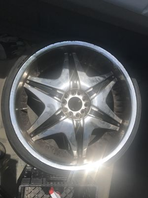 Chrome 22' rims for Sale in Florissant, MO
