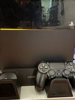 Playstation 4 with Stand for Sale in Los Angeles,  CA