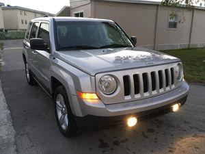Jeep Patriot 2011 for Sale in Miami, FL