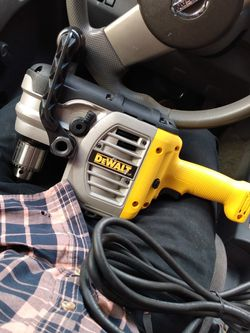 """DEWALT 1/2"""" (13mm) VSR Stud & Joist Drill WITH CLUTCH for Sale in Daly City,  CA"""