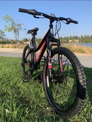 "New awesome 😎disk brakes front suspension 21 speeds mountain bike bicycle 24"" tires for Sale in Chula Vista, CA"