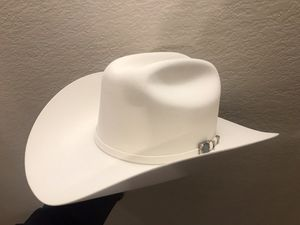 4a82f12ce4806 100x Larry mahan white beaver hat size 6-7 8 for Sale in Mesquite ...