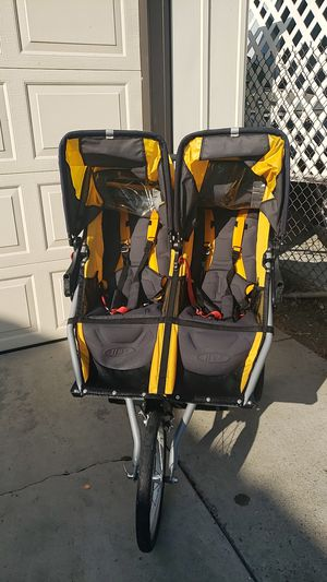 BOB IRON MAN DOUBLE STROLLER for Sale in Los Angeles, CA