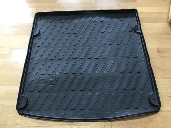 Audi Q7 trunk liner cover rubber liner