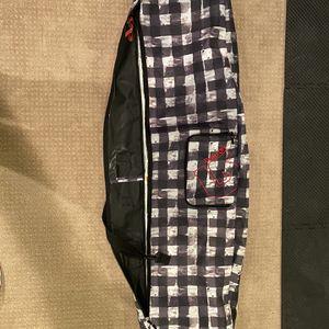 Burton Snowboard Bag 166 for Sale in Sammamish, WA