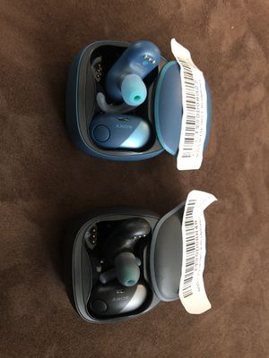 SONY WF-SP700N Wireless Bluetooth Noise Cancelling Earbud Headphones (Black & Blue) Like-New for Sale in Baltimore, MD