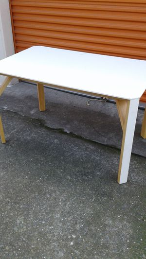 Table with Formica top and leg fronts for Sale in Castro Valley, CA