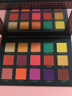 brand new ace beautē nostalgia palette for Sale in Fresno,  CA