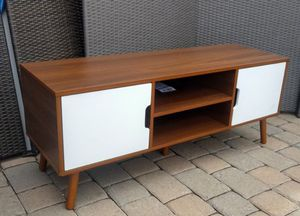 Very Cool Mid Century Modern Style Low Sitting TV Stand Console Table for Sale in Glendale, AZ