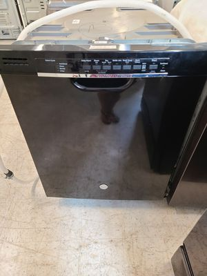 Ge dishwasher new scratch and dents with 6 month's warranty for Sale in Mount Rainier, MD