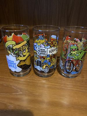 1981 McDonalds Muppets collector glasses set of 3 for Sale in Tacoma, WA