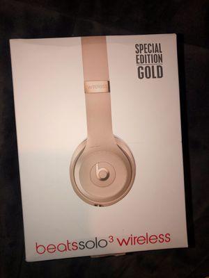 Beats solo 3 wireless headphones $60 for Sale in Burtonsville, MD