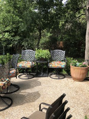 Patio table and chairs for Sale in San Antonio, TX