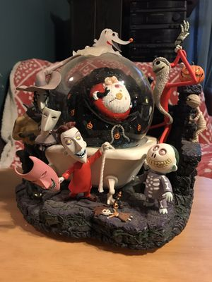 Nightmare Before Christmas Snow Globe for Sale in Brooklyn, NY