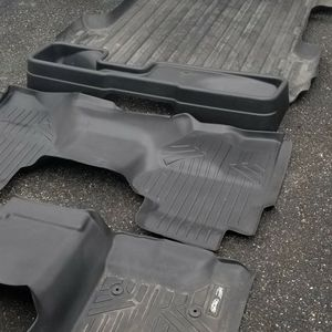 Chevy silverado Lt Z71 Extended Cab Floor Matt's And Bed Protection for Sale in Patchogue, NY