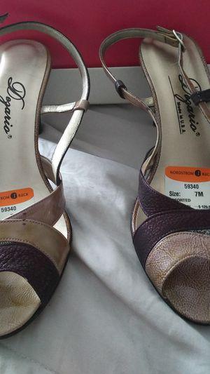 Ladies mid heels multi texture for Sale in Dunedin, FL