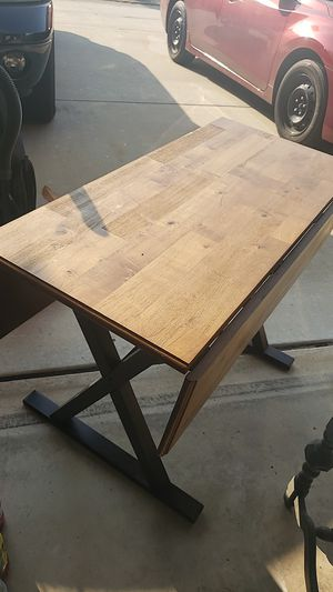 Adjustable Extendable kitchen Table for Sale in San Marcos, CA