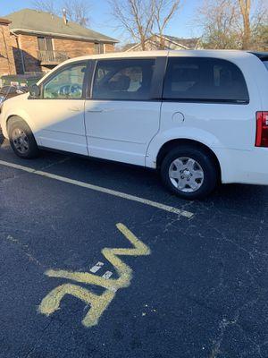2010 Dodge Grand Caravan 7 passenger for Sale in Midlothian, IL