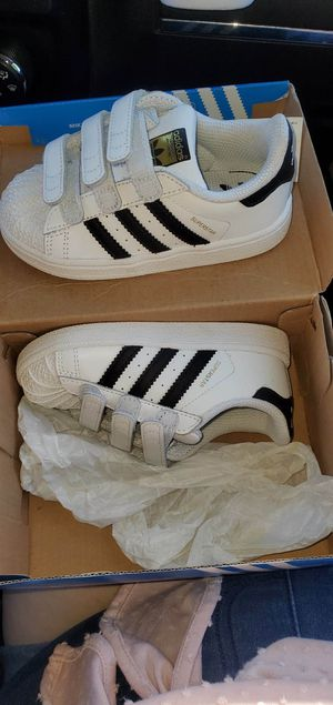 Adidas Shoes Size 8 for Sale in B.C., MX