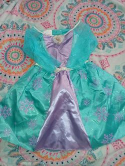 Fantasy Play Costume Fits Sizes 3-4T for Sale in San Jose,  CA
