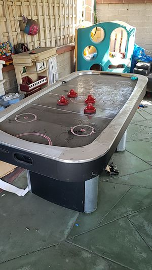 FREE AIR HOCKEY TABLE STILL WORK for Sale in Baldwin Park, CA