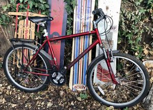 Mountain bike with rack and fenders for Sale in Fremont, CA