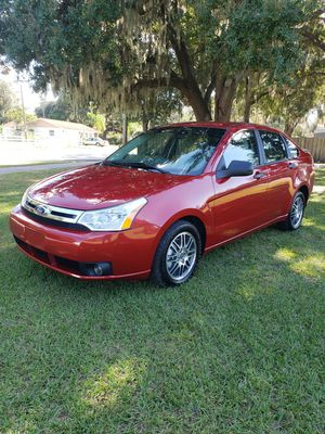 2011 FORD FOCUS SE. ** ONLY HAS 106K. MILES ** for Sale in Kissimmee, FL