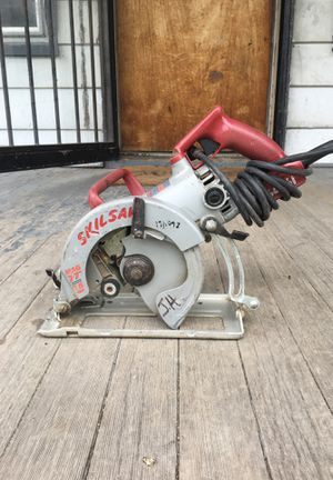 Working Skil saw needs blade for Sale in Detroit, MI