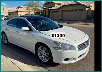 $1200 Nissan MAxima for Sale in Rochester,  NY