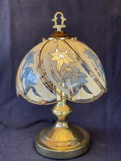 "Vintage Table Glass Lamp, 15"" Tall for Sale in Huntington Beach,  CA"